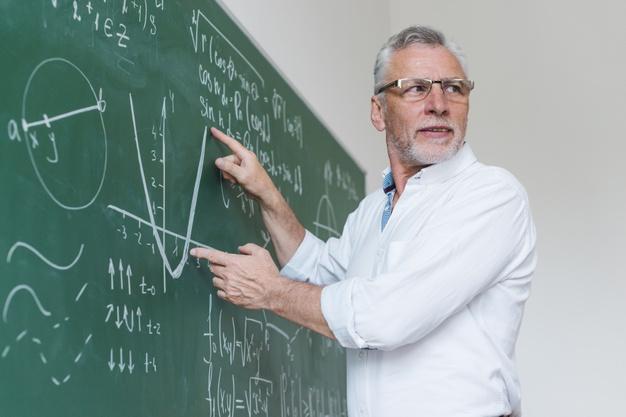Escola militar: quem é o educador?