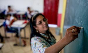 Escolas cívico-militares particulares se multiplicam no Brasil