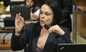 """Janaína Paschoal, sobre ADI de Bolsonaro: """"É linda, cheguei a me emocionar. Vai ser a ação da década!"""""""