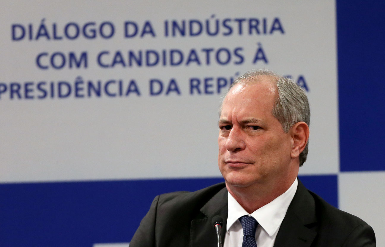 """Ciro exposto: """"5 brasileiros"""" não têm """"a fortuna de 100 milhões de pobres"""""""