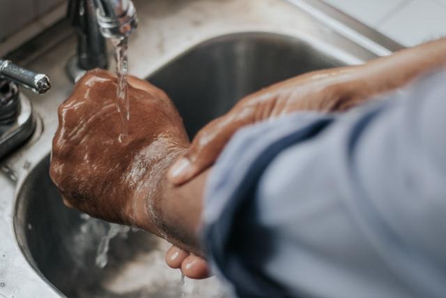 Privatização do saneamento: quais os benefícios para a população?