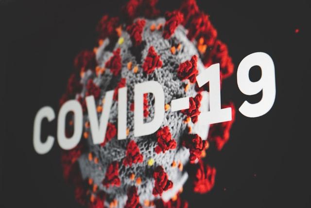 Covid-19: média de óbitos em 2020 é 7,2% maior que 2019