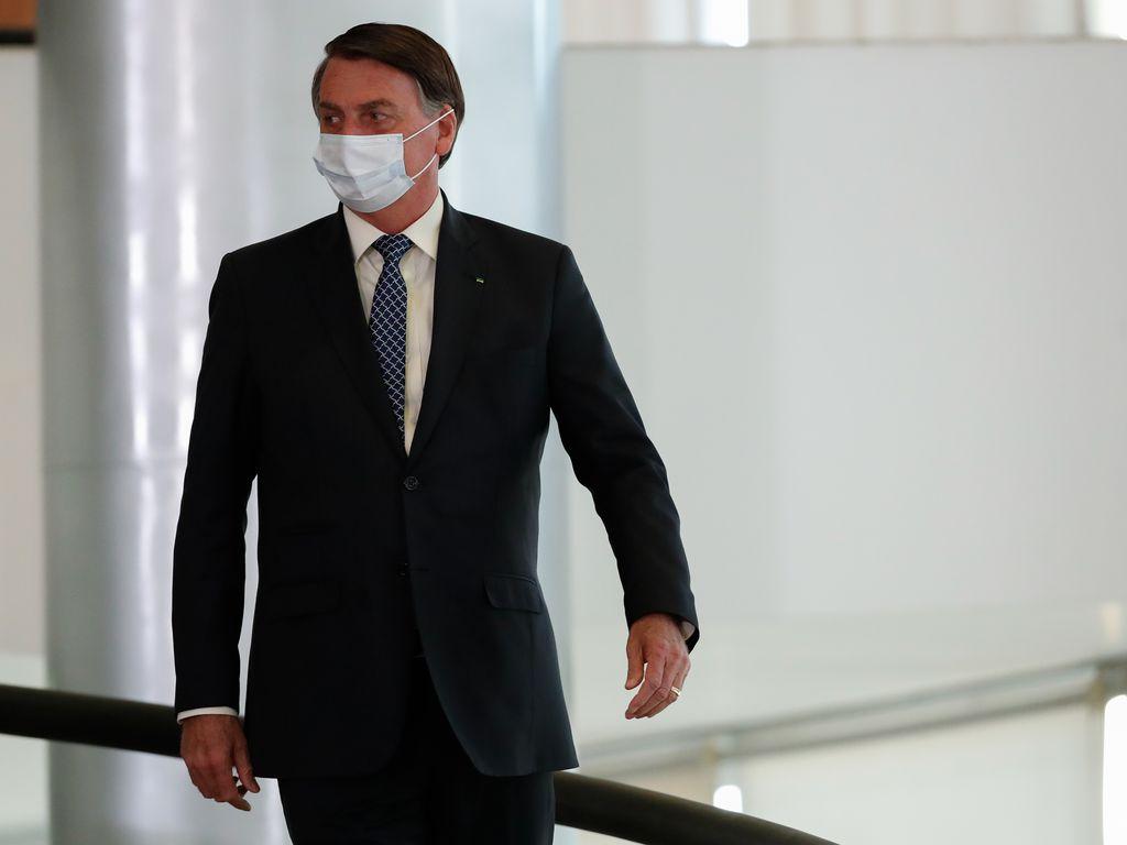 Censura facial e desinformação: a imprensa militante