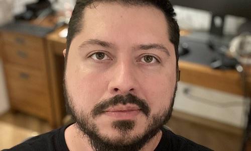 O youtuber Atila Iamarino errou ao prever 1 milhão de mortes