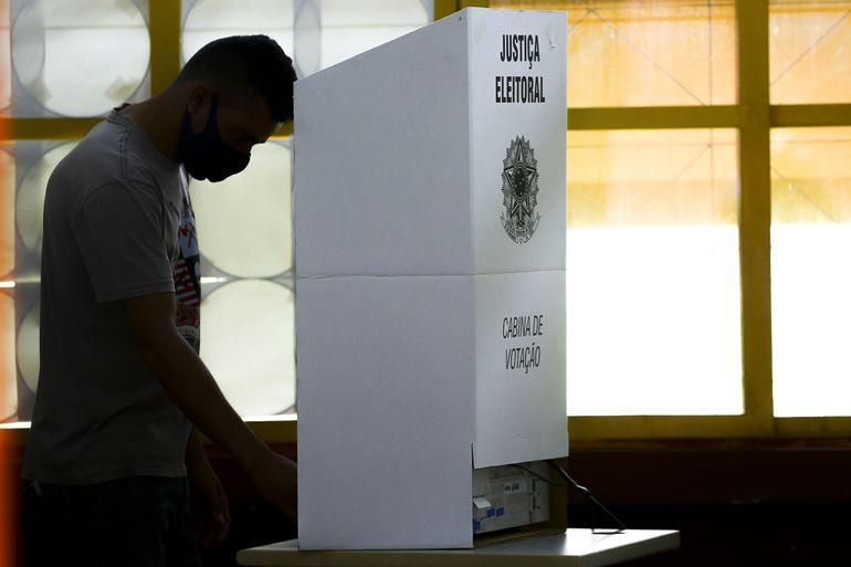 TSE: número de votos foi maior que o de habitantes