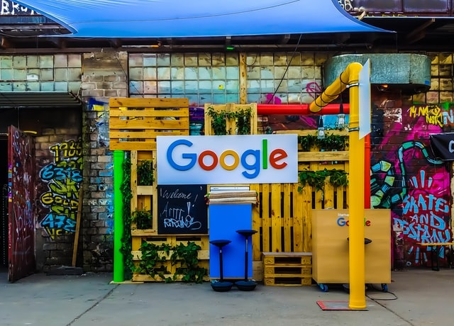 Google lança especializações gratuitas