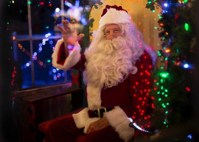 Governos estaduais lançam campanhas contra festas de Natal em família
