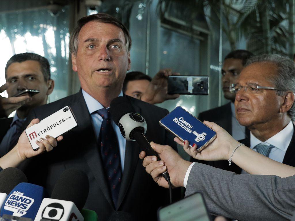 Bolsonaro planeja a venda de estatais e o fechamento de duas até 2022