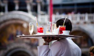 Apenas 1,43% dos casos de Covid-19 nasceram em bares e restaurantes