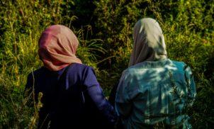 Uigures acusam estupro em