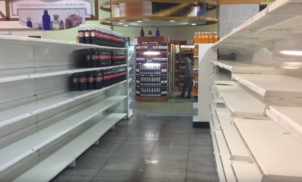 Socialismo implantado com sucesso: mais de 90% da população venezuelana é igualmente pobre