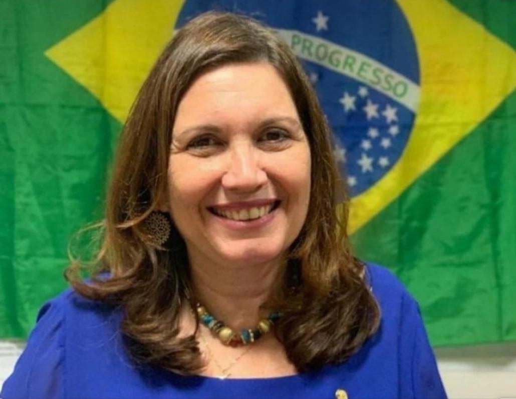 Bia Kicks: eleição 2022 só será confiável com voto impresso 100%