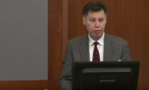 Professor de epidemiologia de Yale defende hidroxicloroquina como tratamento contra Covid-19