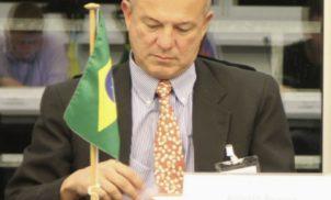 Roberto Motta: Os Inocentes do Leblon, os bastidores do Partido Novo